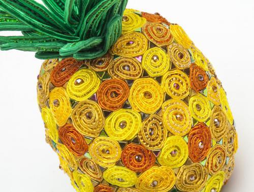 ananas Sevil Lloyd-Thomas PWExp01